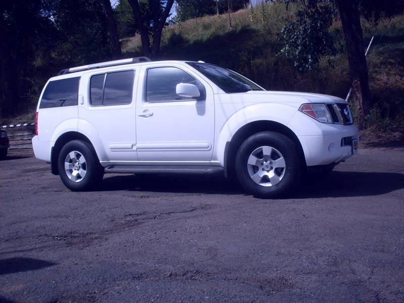 2006 Nissan Pathfinder for sale at Circle Auto Center in Colorado Springs CO