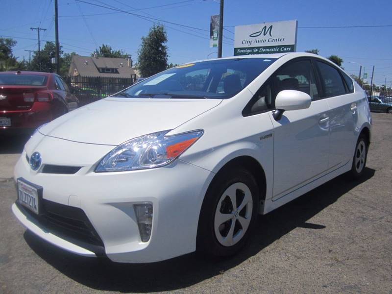 2015 Toyota Prius Two 4dr Hatchback - Sacramento CA