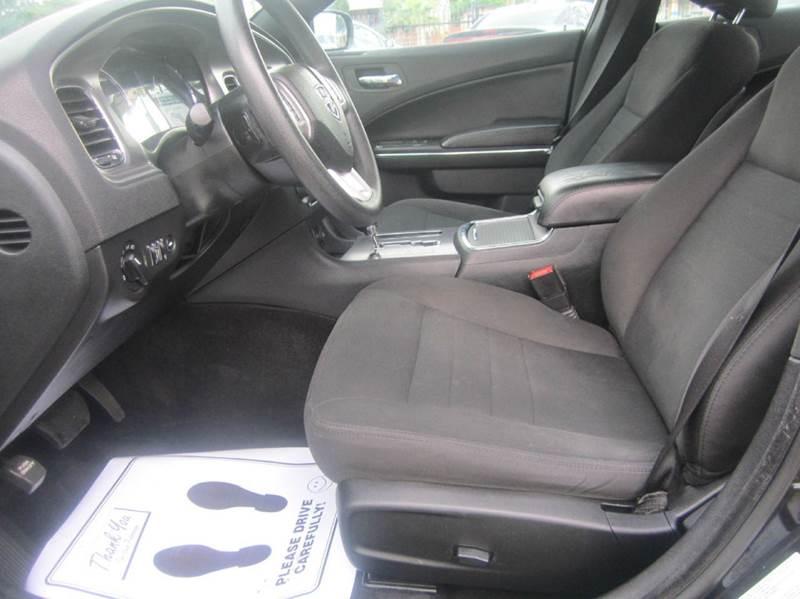 2013 Dodge Charger SE 4dr Sedan - Sacramento CA