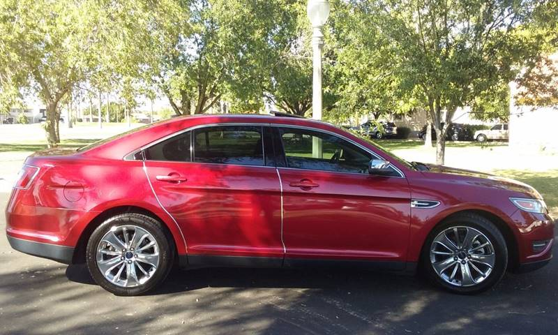 2011 Ford Taurus for sale at Car Mix Motor Co. in Phoenix AZ