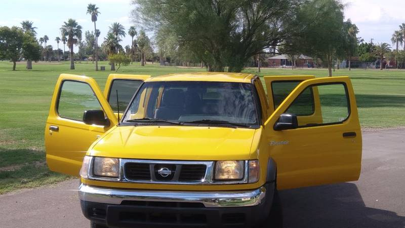 2000 Nissan Frontier for sale at Car Mix Motor Co. in Phoenix AZ