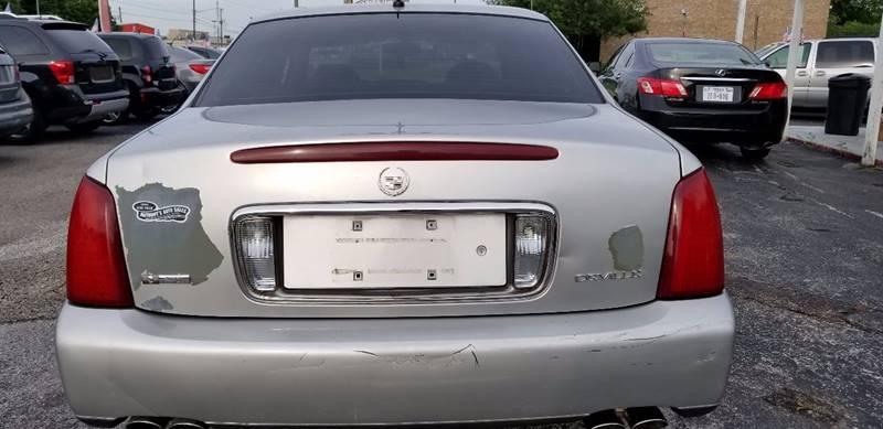 2005 Cadillac DeVille 4dr Sedan - La Porte TX