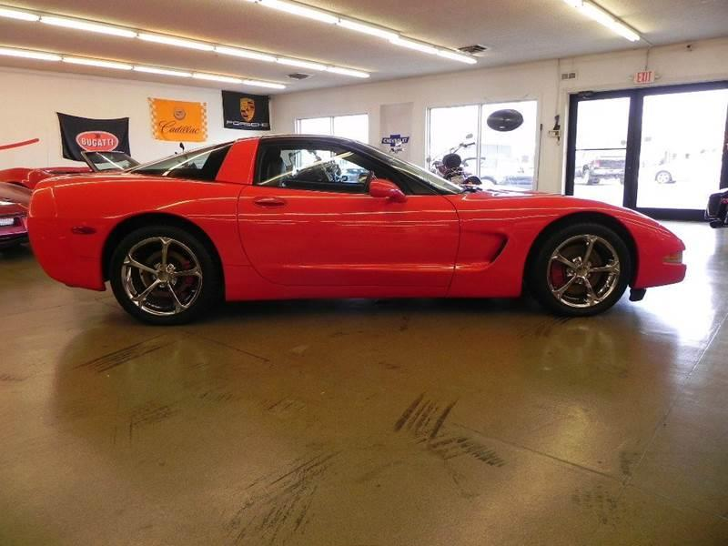 The 2000 Chevrolet Corvette photos