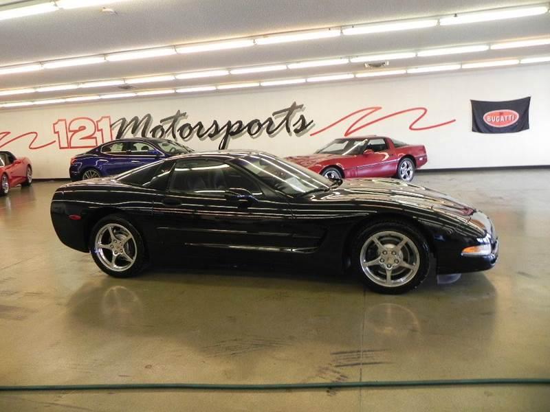 The 2002 Chevrolet Corvette photos