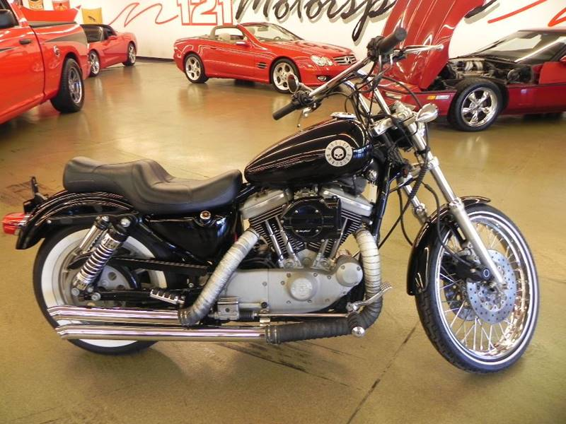 The 1999 Harley-Davidson XL 1200 Custom Sportster photos