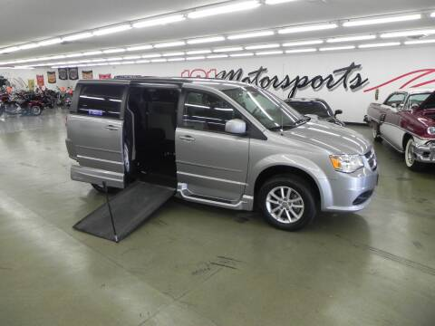 2014 Dodge Grand Caravan for sale at 121 Motorsports in Mt. Zion IL
