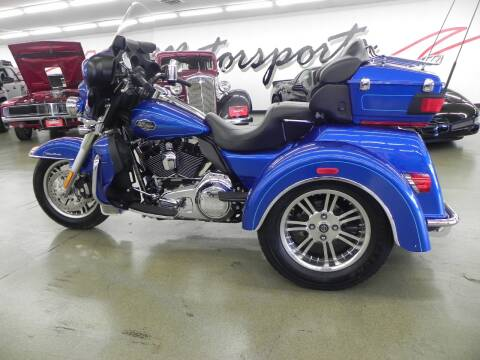 2010 Harley-Davidson TriGlide Ultra Classic for sale at 121 Motorsports in Mt. Zion IL
