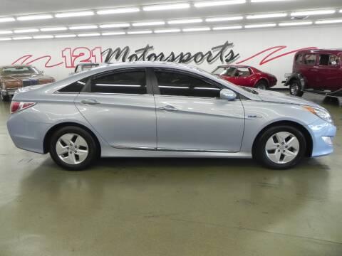 2012 Hyundai Sonata Hybrid for sale at 121 Motorsports in Mt. Zion IL