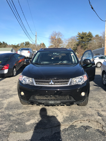 2008 Mitsubishi Outlander for sale at Mike's Auto Sales in Westport MA