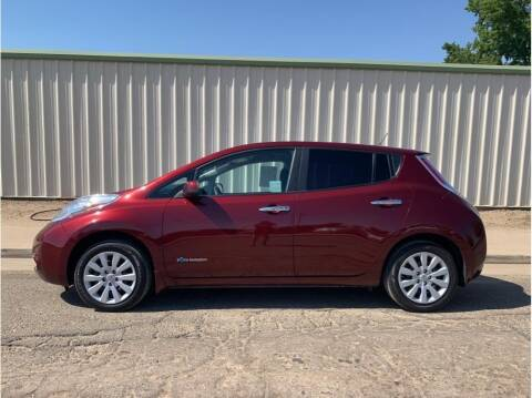 2017 Nissan LEAF for sale at Dealers Choice Inc in Farmersville CA
