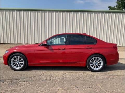 2017 BMW 3 Series for sale at Dealers Choice Inc in Farmersville CA