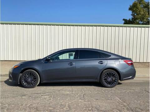 2018 Toyota Avalon for sale at Dealers Choice Inc in Farmersville CA