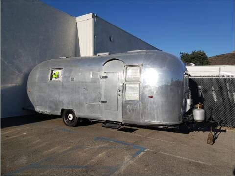 1962 Airstream LAND YACHT for sale at Dealers Choice Inc in Farmersville CA