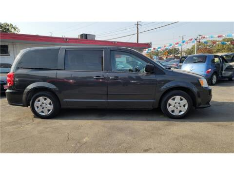 2012 Dodge Grand Caravan for sale at Dealers Choice Inc in Farmersville CA