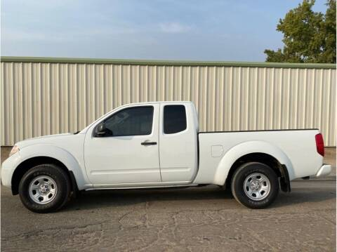 2017 Nissan Frontier for sale at Dealers Choice Inc in Farmersville CA