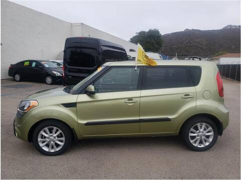 2013 Kia Soul for sale at Dealers Choice Inc in Farmersville CA