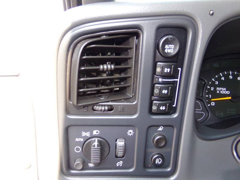 2006 GMC Sierra 1500 for sale at Car Town USA in Attleboro MA