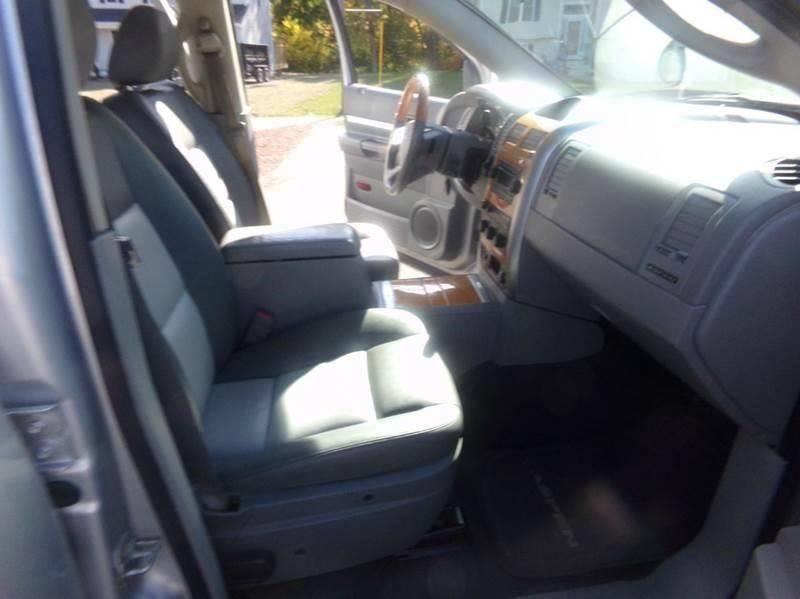 2007 Chrysler Aspen for sale at Car Town USA in Attleboro MA