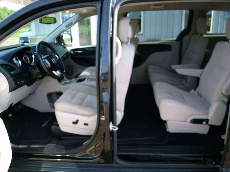 2014 Dodge Grand Caravan SXT 4dr Mini-Van - Chippewa Falls WI