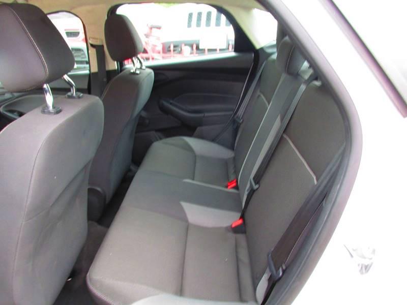 2012 Ford Focus S 4dr Sedan - Santa Ana CA