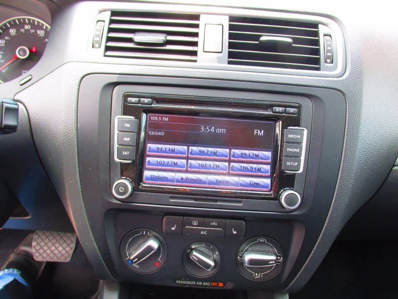 2014 Volkswagen Jetta SE PZEV 4dr Sedan 6A - Santa Ana CA