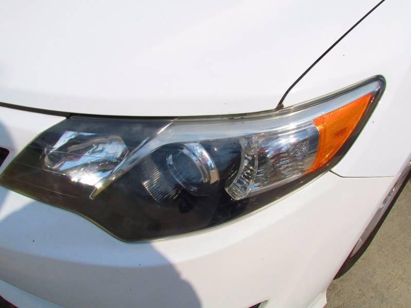 2013 Toyota Camry SE 4dr Sedan - Santa Ana CA
