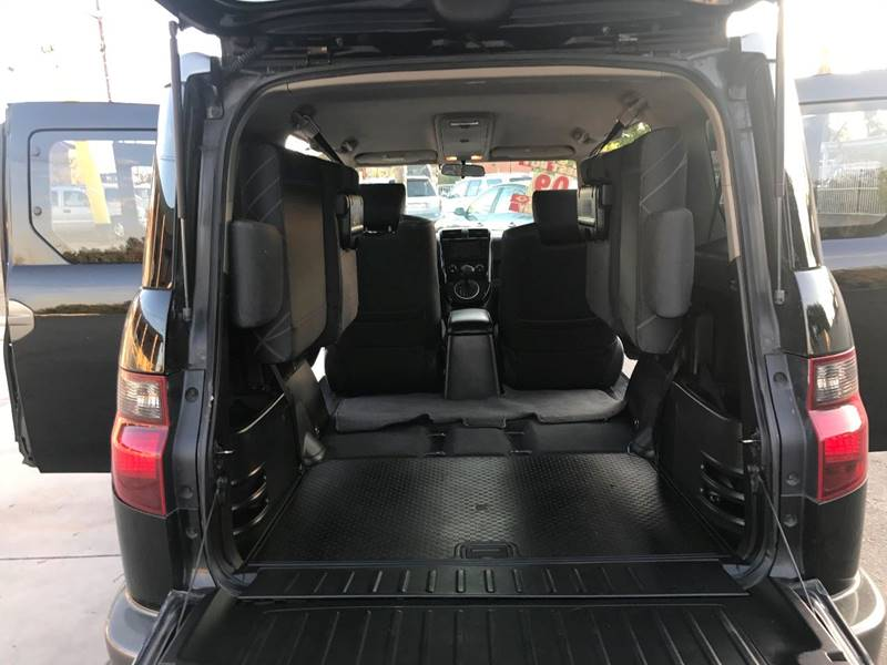 2009 Honda Element SC 4d SUV 5A w/Navi - Santa Ana CA