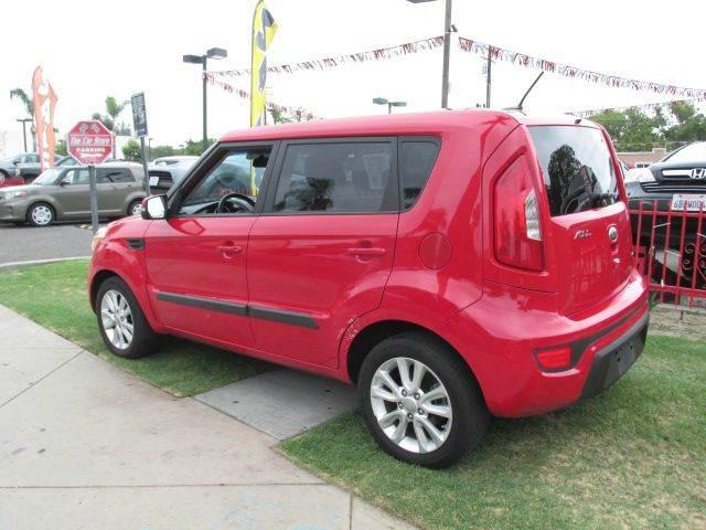 2013 Kia Soul + 4dr Wagon 6A - Santa Ana CA