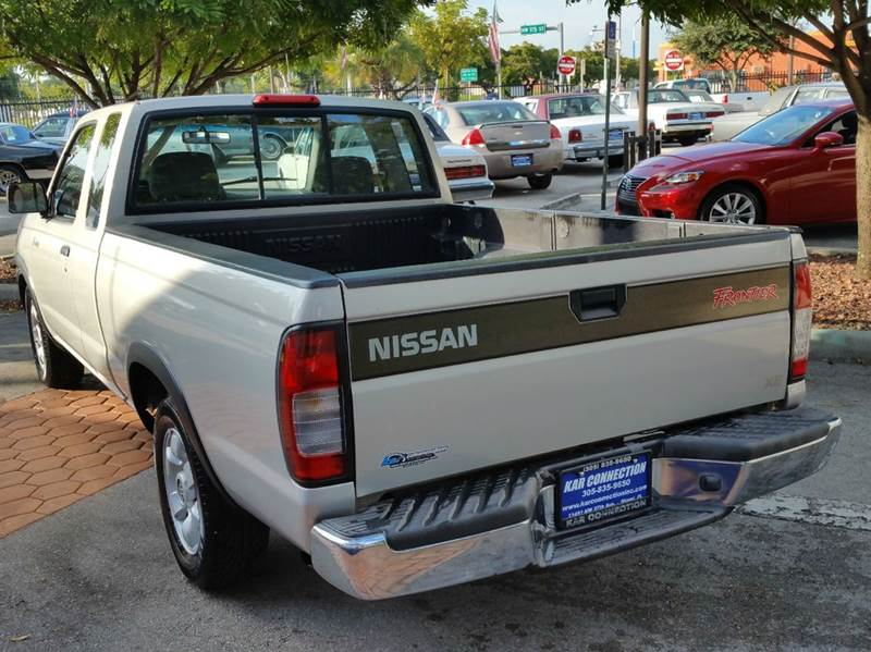 1998 Nissan Frontier 2dr XE Extended Cab SB - Miami FL