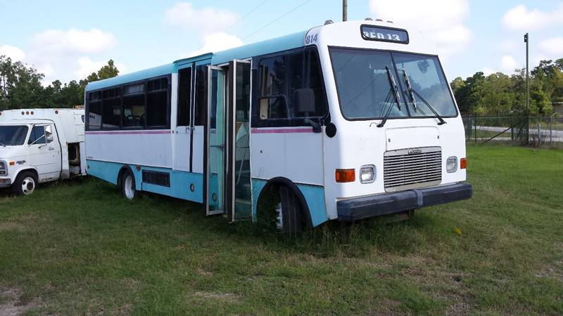 2000 Freightliner bus - New Caney, TX CONROE TEXAS RVs