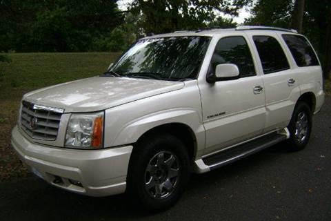 2004 Cadillac Escalade for sale at Morris Ave Auto Sale in Elizabeth NJ