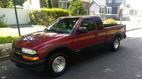 2002 Chevrolet S-10 for sale at Morris Ave Auto Sale in Elizabeth NJ
