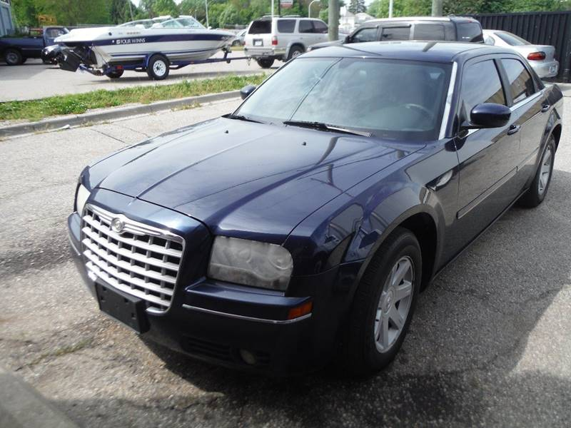 2005 Chrysler 300 Detroit Used Car for Sale