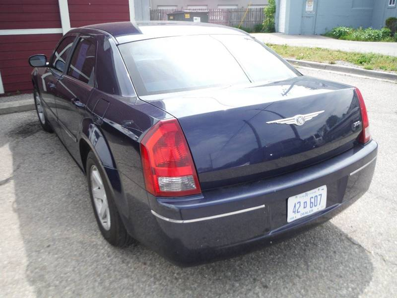 2005 Chrysler 300 Detroit Used Car for Sale