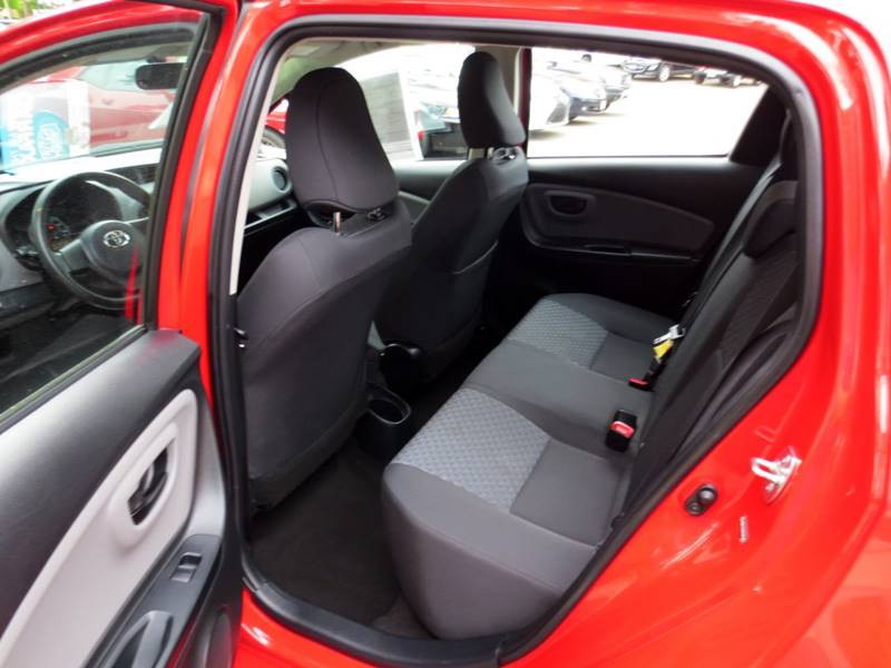 2015 Toyota Yaris L 4dr Hatchback - Thousand Oaks CA