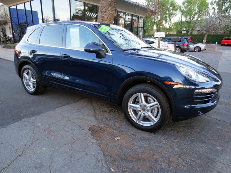 2012 PORSCHE CAYENNE TIPTRONIC AWD 4DR SUV blue simply gorgeous and fun to drive well equipped