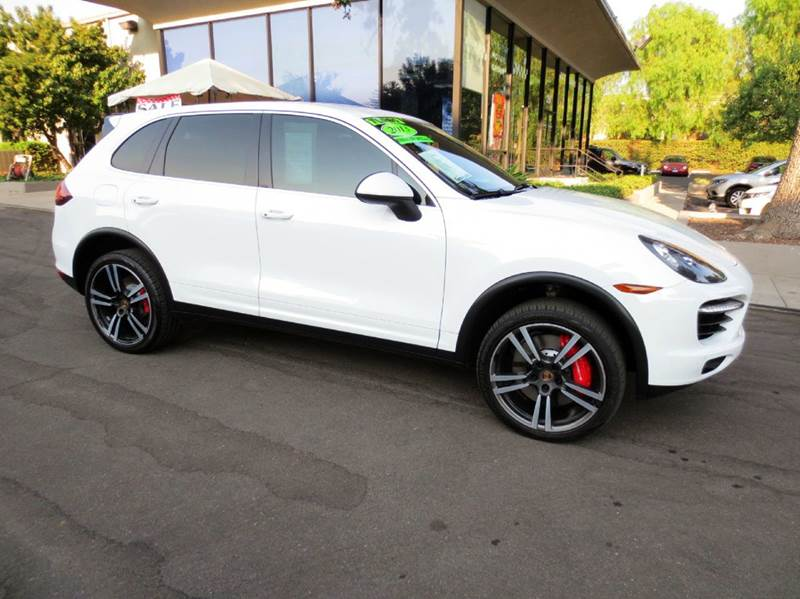 2013 PORSCHE CAYENNE TURBO AWD 4DR SUV white  nicely equipped with sport pkg premium plus pkg
