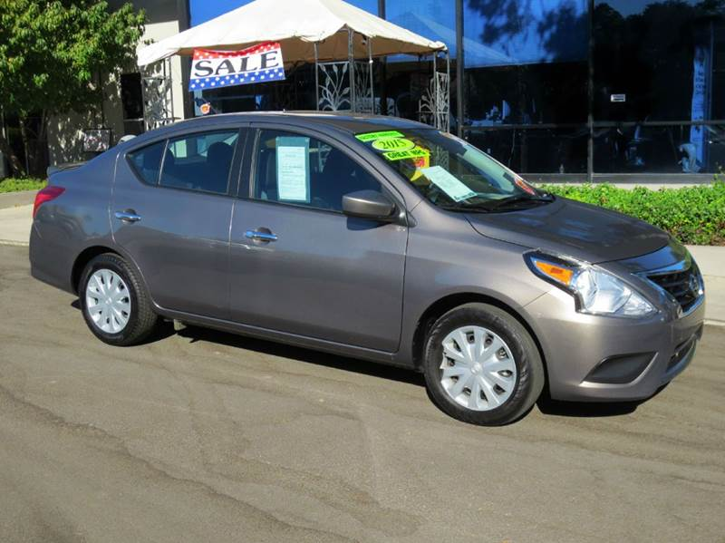 2015 NISSAN VERSA 16 SV 4DR SEDAN titanium  like new 40 mpg sporty bluetooth mp3 aux rea