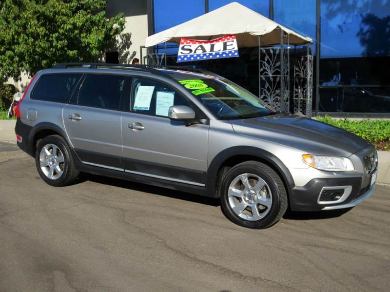 2008 VOLVO XC70 32 AWD 4DR WAGON pewter  nicely equipped awd with blind spot monitoring  leat