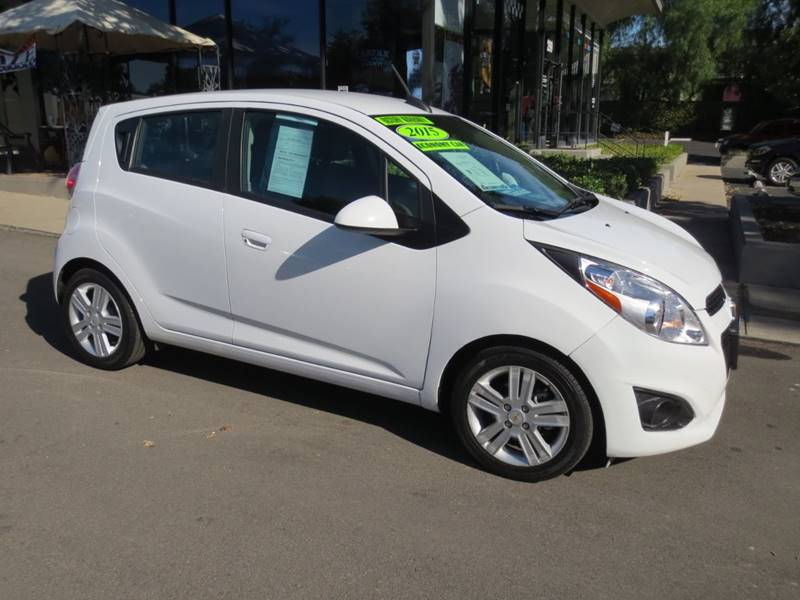 2015 CHEVROLET SPARK 1LT CVT 4DR HATCHBACK white  nicely equipped clean carfax under factory