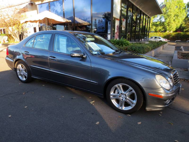 2007 MERCEDES-BENZ E-CLASS E350 4DR SEDAN charcoal  extra clean nicely equipped carfax certif