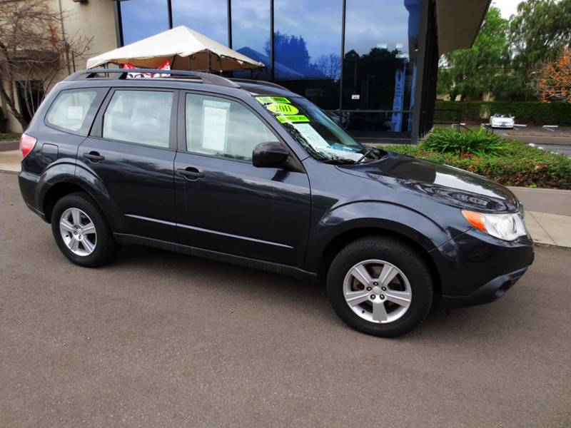 2011 SUBARU FORESTER 25X AWD 4DR WAGON 4A charcoal  extra clean nice color combo  local car