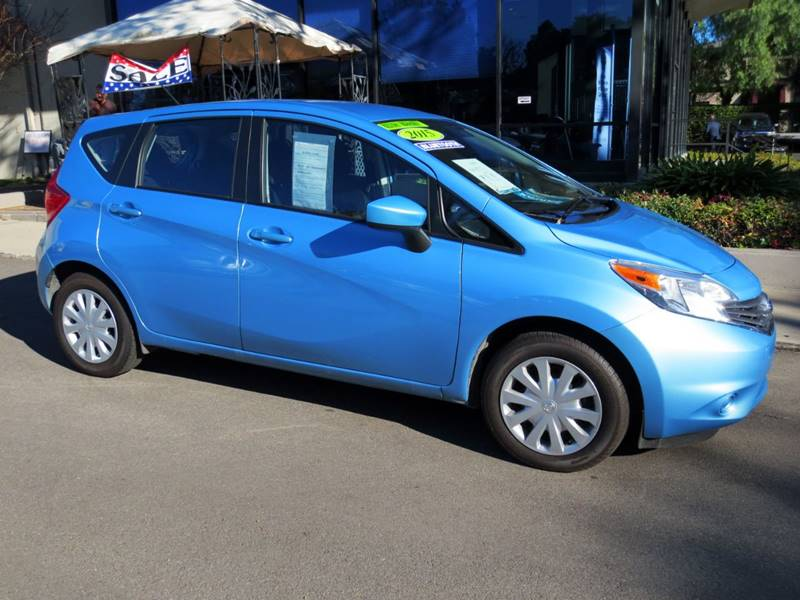 2015 NISSAN VERSA NOTE SV 4DR HATCHBACK blue  great gas mileage  40 mpg  great color combo  w