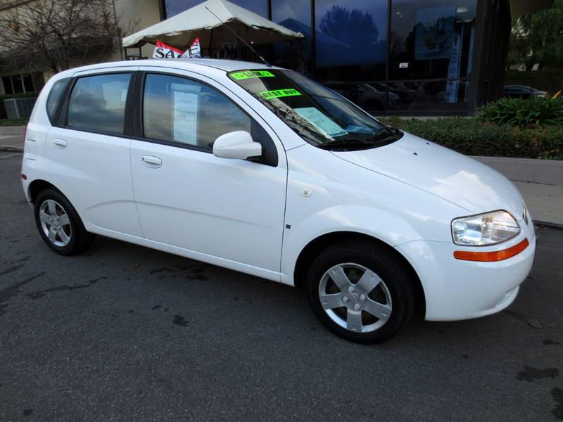 2007 CHEVROLET AVEO AVEO5 LS 5 4DR HATCHBACK white  great gas mileage gets 31 mpg highway  au