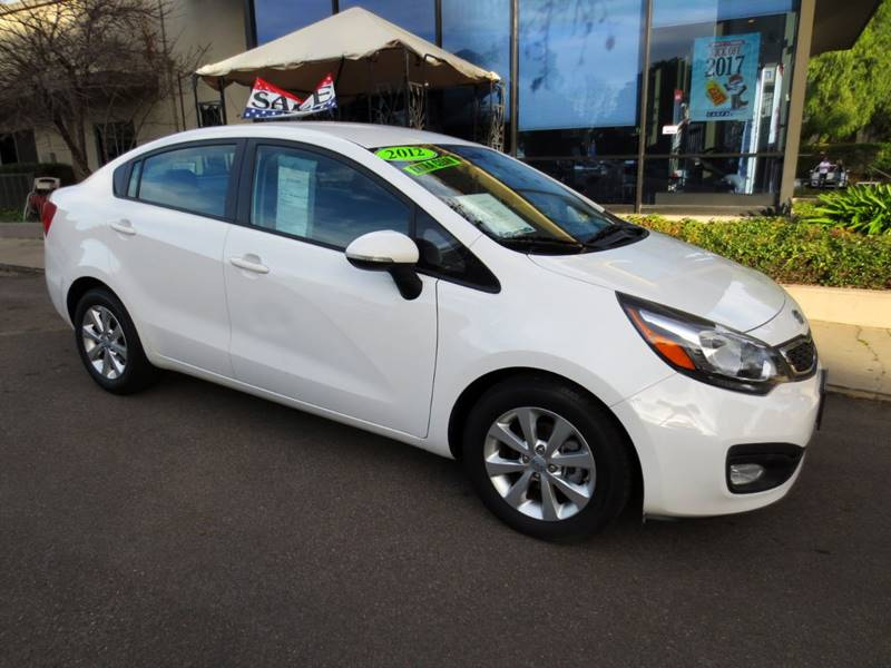 2012 KIA RIO EX 4DR SEDAN white one owner nicely equipped with usb port bluetooth jukebox   c