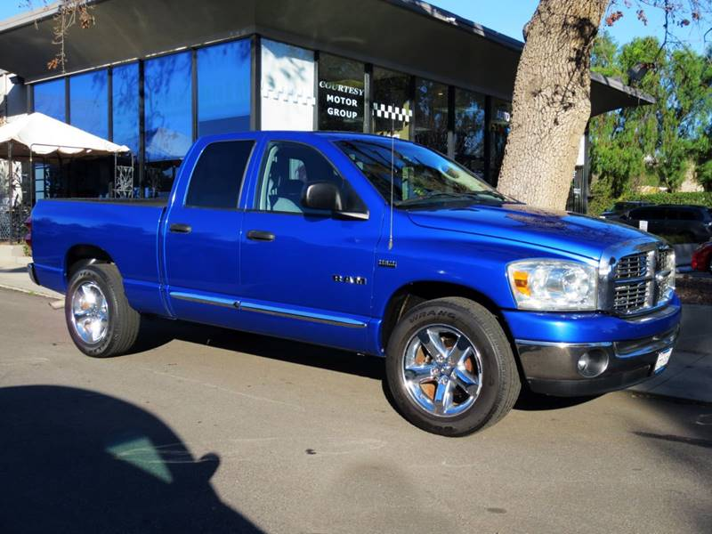 2008 DODGE RAM PICKUP 1500 SLT 4DR QUAD CAB SB RWD electric blue big horn edition 57 liter he