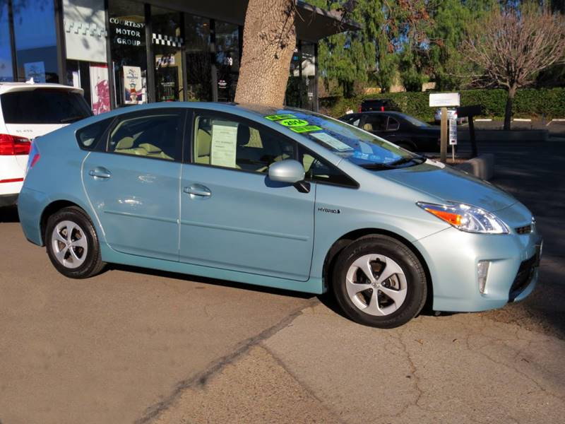 2014 TOYOTA PRIUS FOUR 4DR HATCHBACK frosty green mica  prius package four only 28000 miles
