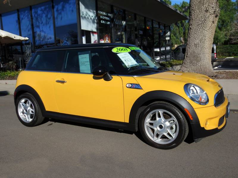 2008 MINI COOPER S 2DR HATCHBACK yellow  08 mini cooper s wonly 50000 miles  1 owner carfa