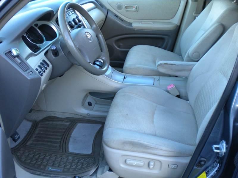 2005 Toyota Highlander AWD 4dr SUV V6 w/3rd Row - Waynesboro VA