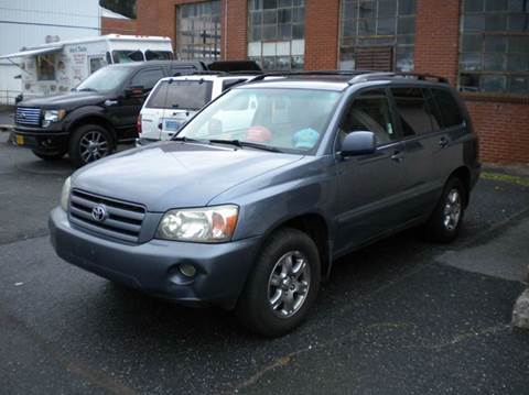 2005 Toyota Highlander for sale in Waynesboro, VA
